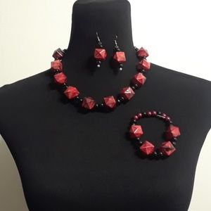 Jewelry - 50% OFF BEAUTIFUL Red & Black 3pc Beaded Necklace